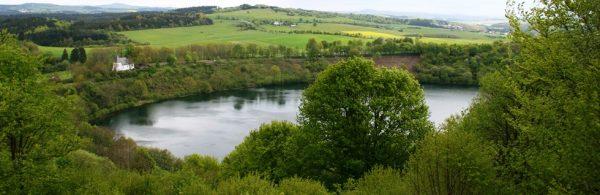Blick über das Weinfelder Maar